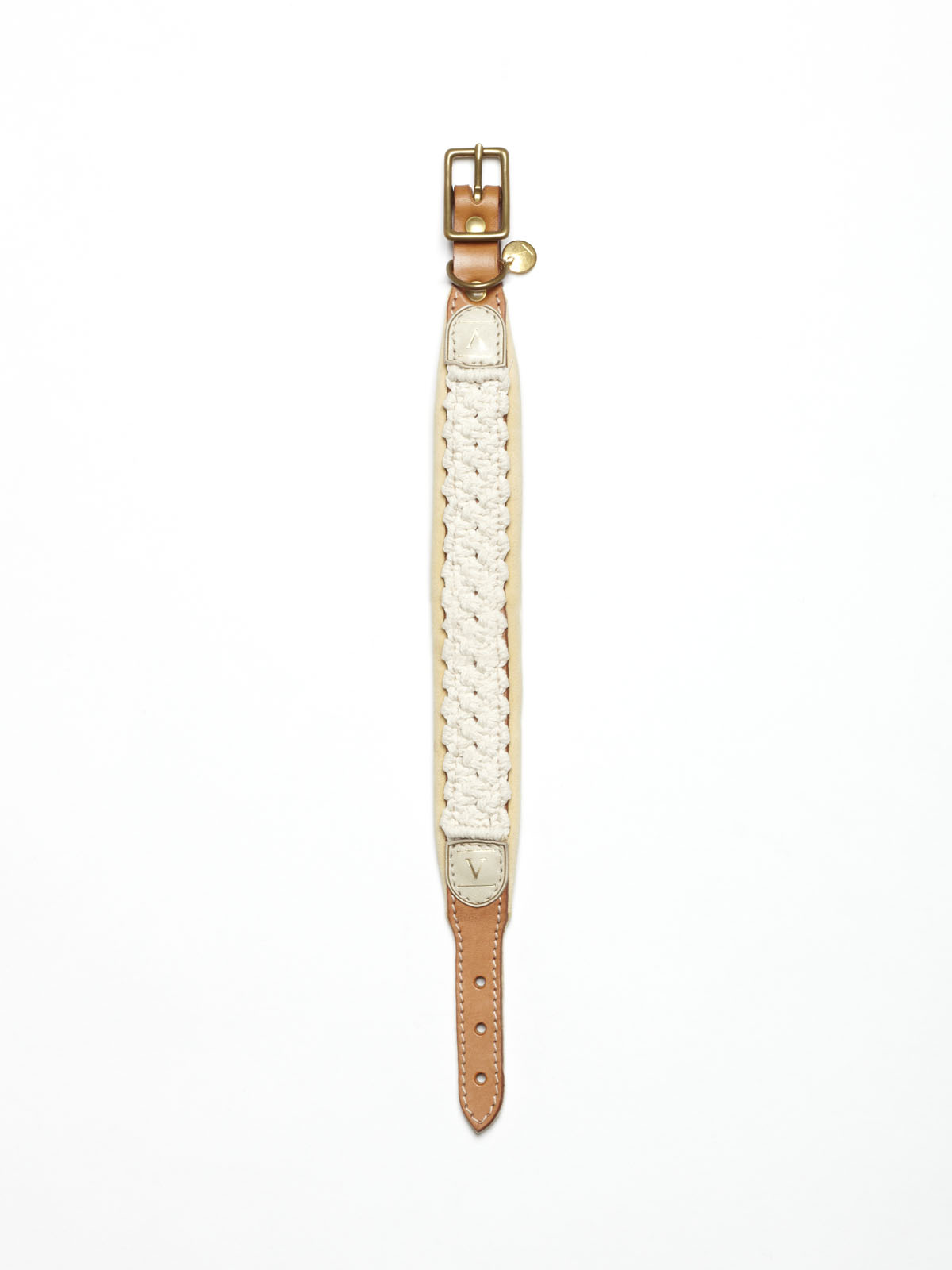 leather collar with hand knotted details