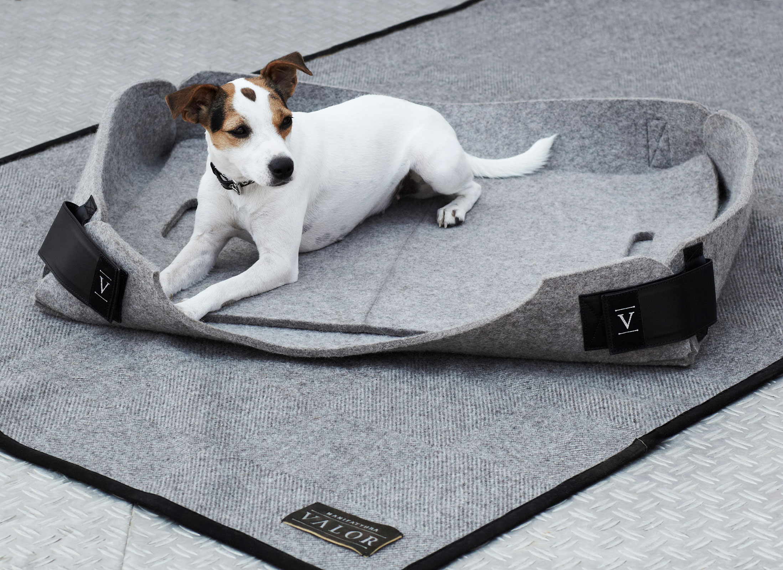 pure wool felt dog bed